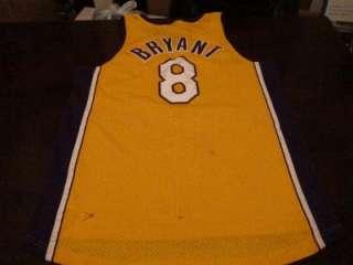 VTG Nike Kobe Bryant Los Angeles Lakers Retro #8 Stitched Sewn Jersey