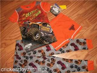 MONSTER JAM GRAVE DIGGER TRUCK 3 pc Pajamas Pjs Shirt Pants Shorts NEW