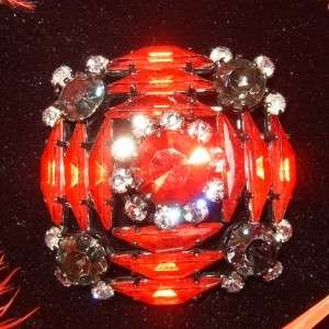 AUSTRIA~SPECTACULAR VINTAGE RUBY RED RHINESTONE BROOCH/PIN~JAPANNED