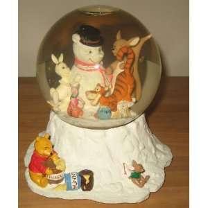 Winnie Pooh Christmas Musical Water Globe