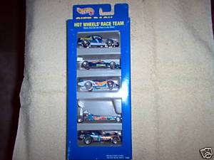 1995 HOT WHEELS RACE TEAM GIFT PACK OF 5 RACE CARS