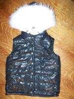 Girls 7/8 black puffer vest removable fur lined hood~~