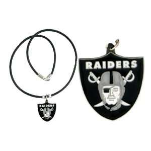 Oakland Raiders Logo Pendant Necklace: Sports & Outdoors
