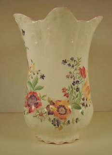 ST. GEORGE FINE BONE CHINA VASE, ENGLAND, SMALL CHIP
