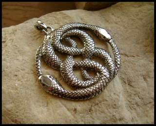 NEVERENDING STORY THE AURYN MEDALLION PENDANT   W28