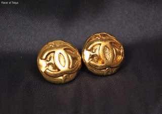Auth CHANEL CC Logo Round Gold Color Clip on Earrings