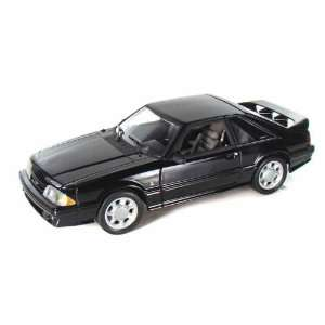 1993 Ford Mustang Cobra 5.0 1/18 L/E Black: Toys & Games