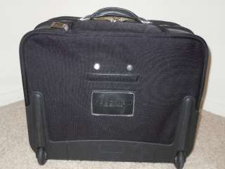 Kenneth Cole Reaction High Priorities Wheeled Carry On Bag Overnighter