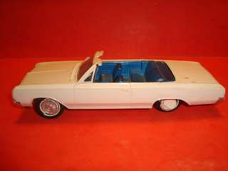 AMT 1964 Oldsmobile Cutlass Conv. Built Model Car Kit