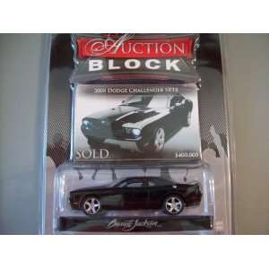 Greenlight Auction Block Series 7 2008 Dodge Challenger