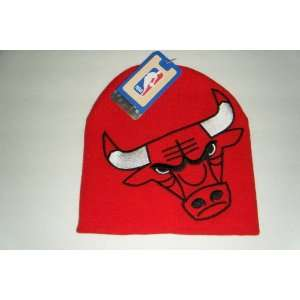 Chicago Bulls NEW Vintage Beanie Toque Knit Hat: Sports
