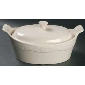 Traditions Ivory 2 Quart Oval Covered Casserole, Fine China Dinnerware