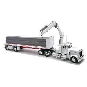 Peterbilt Truck & Flatbed W/Construction I Beams Toys