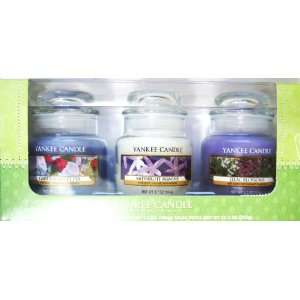 Yankee Candle Box Set (Box of THREE CANDLES  GARDEN SWEET PEA
