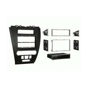 Metra 99 5821B Double DIN Stereo Installation Kit   Ford