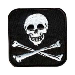 Embroidered Pirate Skull and Crossbones Patch: Toys