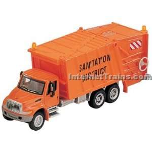 Boley HO Scale International 4300 3 Axle Garbage Truck   Orange  Toys