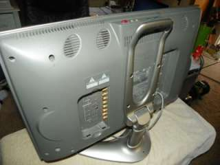 Sharp Aquos LCD Flat Screen TV 20 Model LC20 b2ua For Parts or