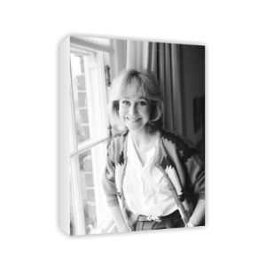 Felicity Kendal   Canvas   Medium   30x45cm